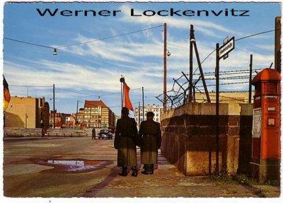 Ansichtskarte Berlin Friedrichstraße Mauer Grenze