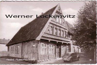 Ansichtskarte Meldorf Museumsweberei mit VW Brezelkäfer