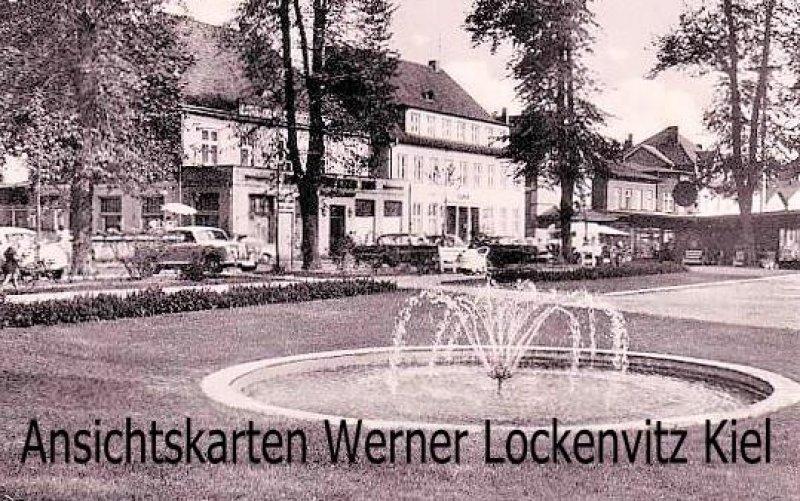 Ansichtskarte Bad Schwartau Am Markt mit Post und Springbrunnen