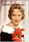 Ansichtskarte Schauspielerin Maria Schell mit großer Blume im Arm Mode