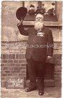 Älterer Herr im Anzug mit seinen Orden Grüß Gott 70 Jahre alt Fotokarte Militär