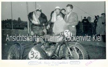 Ansichtskarte Kiel Nordmarkkurs Motorrad mit Beiwagen Siegerkranz Fotokarte