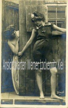 Ansichtskarte Zwei Frauen im Badeanzug Bademode
