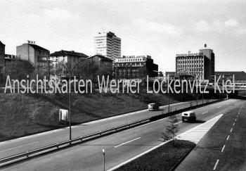 Ansichtskarte Duisburg Stadtautobahn am Hauptbahnhof