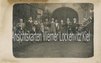 Ansichtskarte Bernburg Saale Musikergruppe Posaune Horn Fotokarte