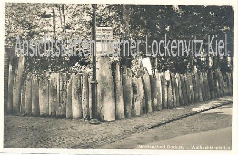 Ansichtskarte Borkum Walfischkinnladen