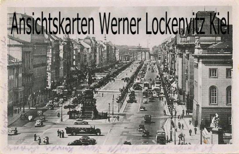 Kopie von  Postcard Germany Berlin Unter den Linden Zeughaus