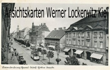 Ansichtskarte Brandenburg an der Havel Adolf-Hitler-Straße mit Straßenbahn