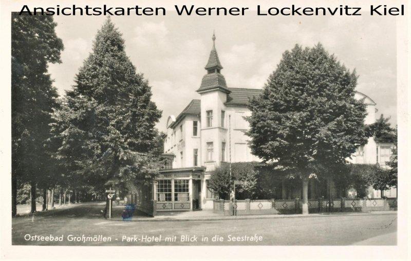 Ansichtskarte Polen Grossmöllen Mielno Park-Hotel mit Blick in die Seestraße